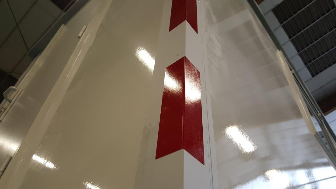 aluminiumhoekcarr.profiell1930mminclstikkers-2