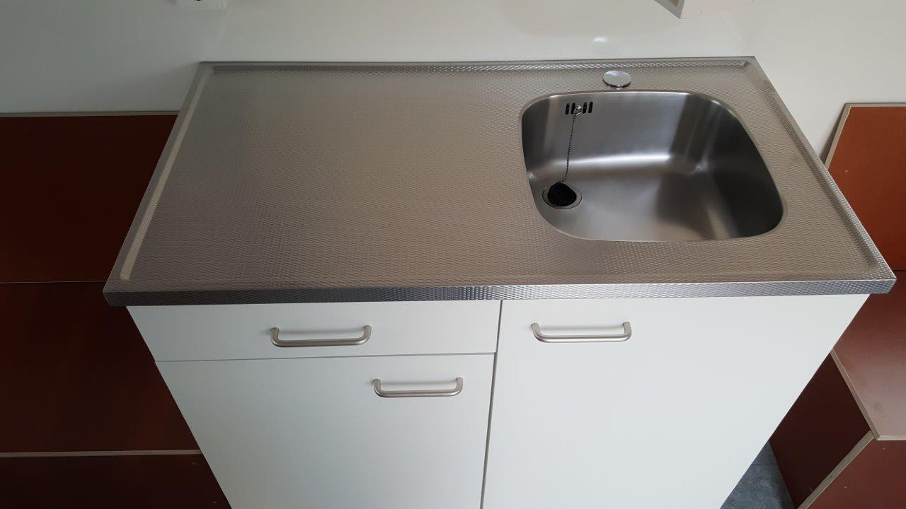 keukenblok1000x520mmladelinkssnippersopladenendeuren-5